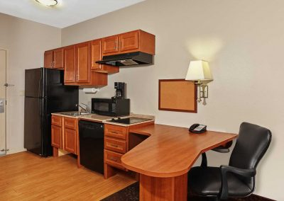Candlewood Suites Milwaukee Airport ADA Extended Full Kitchen