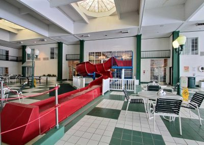 Comfort Suites Appleton Waterslide Pool