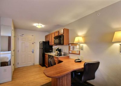Candlewood Suites Milwaukee Airport Full Kitchen Desk and Chairs