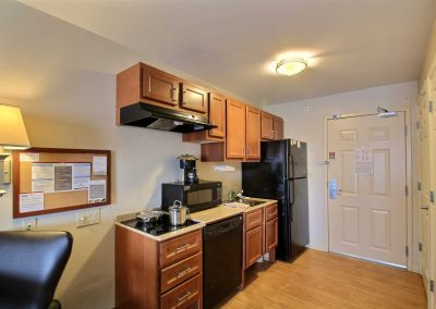 Candlewood Suites Milwaukee Airport Full Kitchen Studio Suite