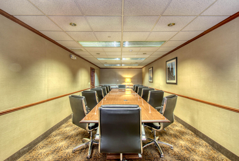 Comfort Suites Milwaukee Airport Wisco Hotel Group